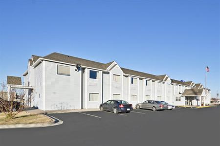 Americas Best Value Inn & Suites Ada