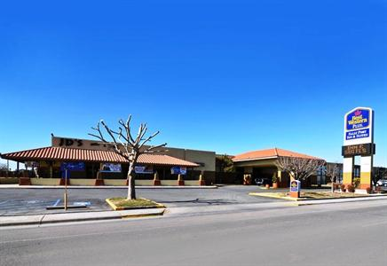 BEST WESTERN Sally Port Inn and Suites