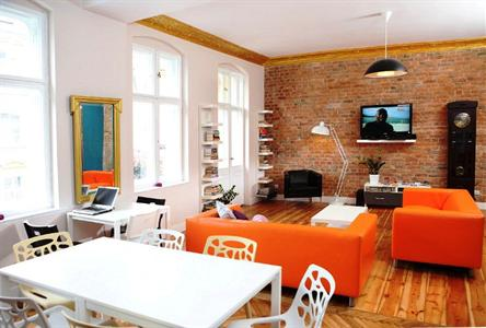 Blooms Boutique Hostel and Apartments