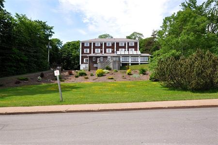 Braeside Country Inn Pictou