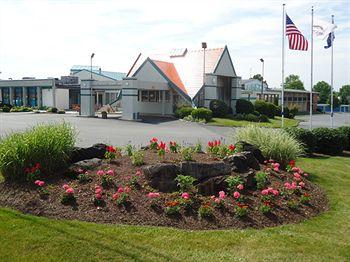 Budget Host Inn & Suites Lancaster (Pennsylvania)
