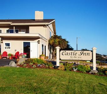 Castle Inn By the Sea