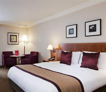 Crowne Plaza Hotel Heathrow London