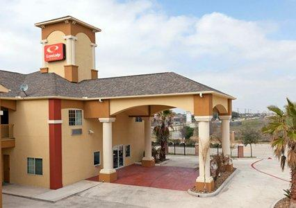 Econo Lodge Inn & Suites Baytown