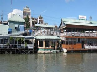 Floating Hotel Chau Doc