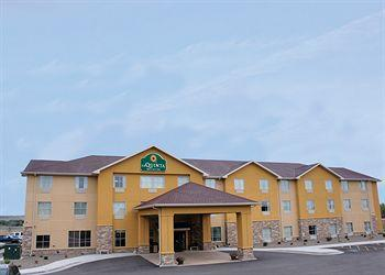 Guest House Inn and Suites Glendive