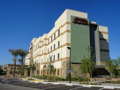 Hampton Inn & Suites - Riverside Corona East