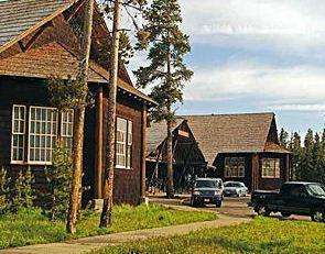 Lake Lodge Cabins