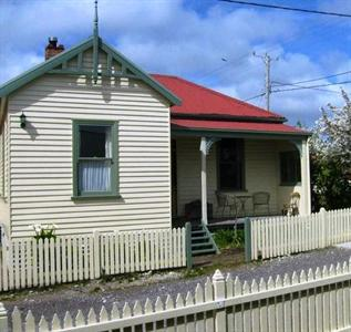 Mcintosh Cottages Strahan