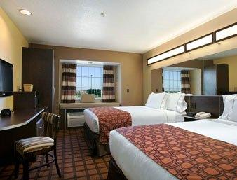 Microtel Inn & Suites Council Bluffs