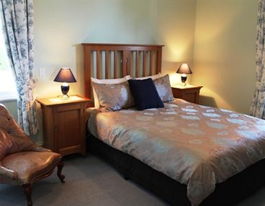 Murrell's Grand View House Bed & Breakfast Manapouri