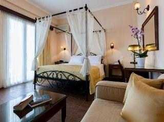 Pantheon City Hotel Gytheio