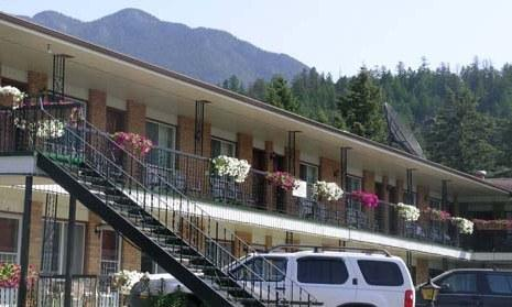 Park Inn Radium Hot Springs