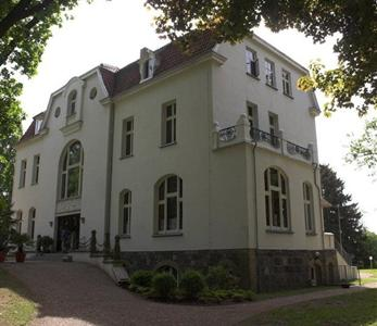 Pension Schloss Drosedow Wustrow