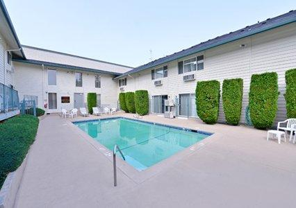 Quality Inn and Suites Vancouver (Washington)