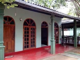 Thuruliya Guest House
