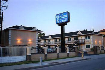 Walnut Inn & Suites